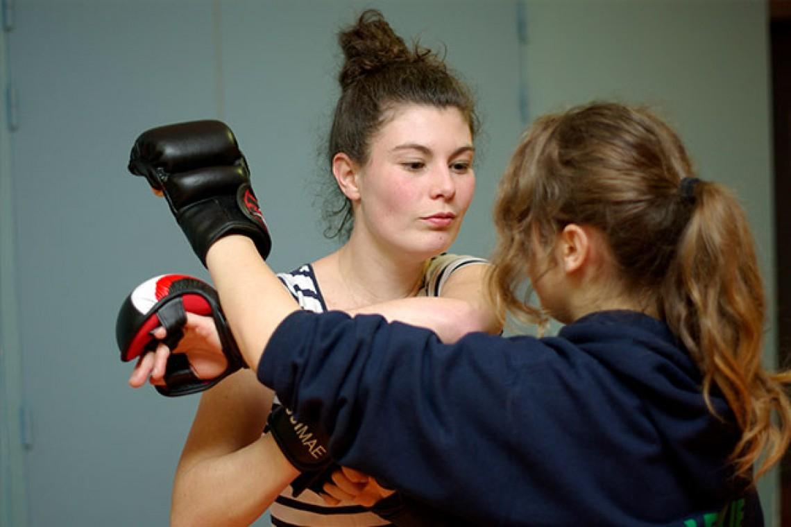 Cours de boxe à la Chapelle Thouarault